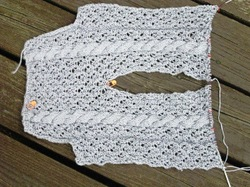 Cable_lace_top